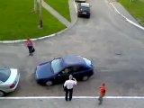 Женщины за рулём или как правильно парковаться